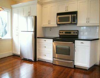 "Photo 5: 2704 GRAVELEY Street in Vancouver: Renfrew VE House for sale in ""RENFREW"" (Vancouver East)  : MLS®# V621896"
