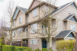 Photo 2: 982 Tolmie Avenue in VICTORIA: SE Quadra Row/Townhouse for sale (Saanich East)  : MLS®# 413384