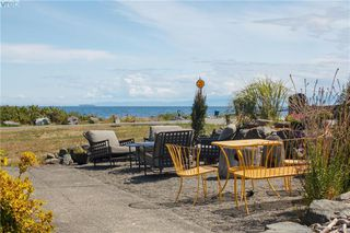 Photo 3: 3316 Ocean Boulevard in VICTORIA: Co Lagoon Single Family Detached for sale (Colwood)  : MLS®# 413665