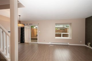 Photo 2: 16 20630 118 Avenue in Maple Ridge: Southwest Maple Ridge Townhouse for sale : MLS®# R2393071