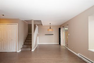 Photo 4: 16 20630 118 Avenue in Maple Ridge: Southwest Maple Ridge Townhouse for sale : MLS®# R2393071