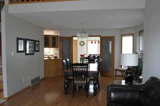 Photo 10: 75 Harwood Drive in St. Albert: House for rent