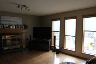 Photo 6: 75 Harwood Drive in St. Albert: House for rent