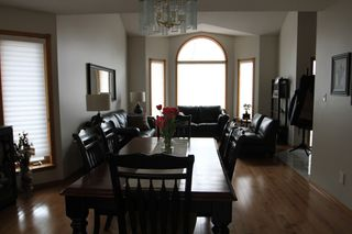 Photo 8: 75 Harwood Drive in St. Albert: House for rent
