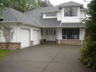 Photo 2: 1669 Essex Place in Comox: Comox Peninsula Residential Detached for sale (Comox Valley)  : MLS®# 229896