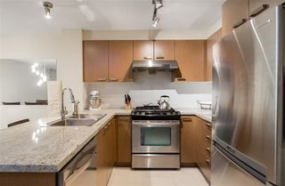 Photo 6: 119 9399 TOMICKI Avenue in Richmond: West Cambie Condo for sale : MLS®# R2420571