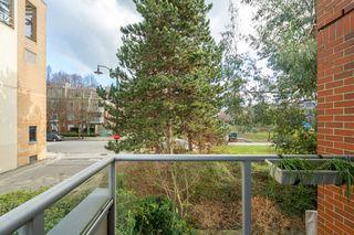 """Photo 13: 212 2228 MARSTRAND Avenue in Vancouver: Kitsilano Condo for sale in """"UNO"""" (Vancouver West)  : MLS®# R2437047"""