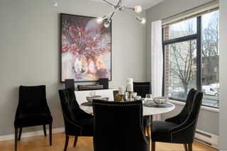 """Photo 6: 212 2228 MARSTRAND Avenue in Vancouver: Kitsilano Condo for sale in """"UNO"""" (Vancouver West)  : MLS®# R2437047"""