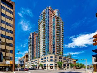 Photo 7: #2203 920 5 Avenue SW in Calgary: Downtown West End Apartment for sale : MLS®# A1022575