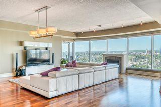 Photo 5: #2203 920 5 Avenue SW in Calgary: Downtown West End Apartment for sale : MLS®# A1022575