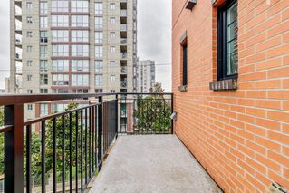 """Photo 14: 8 838 ROYAL Avenue in New Westminster: Downtown NW Townhouse for sale in """"BRICKSTONE WALK 2"""" : MLS®# R2501048"""