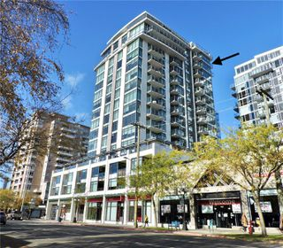 Photo 1: 1704 960 Yates St in : Vi Downtown Condo for sale (Victoria)  : MLS®# 860435