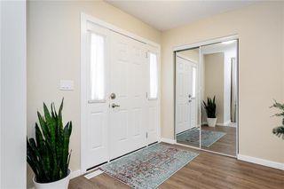 Photo 5: 92 Beachham Crescent in Winnipeg: Bridgwater Forest Residential for sale (1R)  : MLS®# 202029632