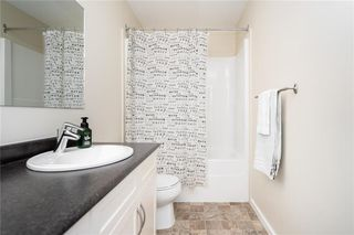 Photo 29: 92 Beachham Crescent in Winnipeg: Bridgwater Forest Residential for sale (1R)  : MLS®# 202029632