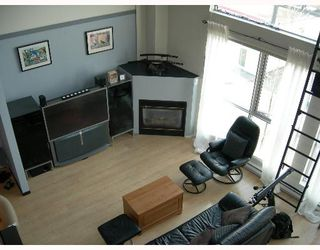 Photo 2: 302 234 E 5TH Ave in Vancouver: Mount Pleasant VE Condo for sale (Vancouver East)  : MLS®# V642793
