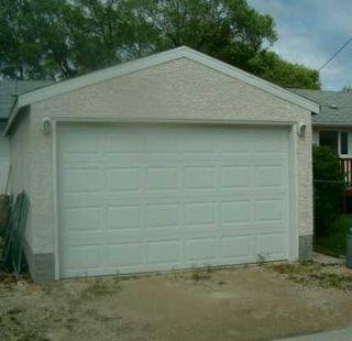 Photo 8: 424 OAKVIEW Avenue in Winnipeg: East Kildonan Single Family Detached for sale (North East Winnipeg)  : MLS®# 2610433