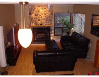 "Photo 5: 6047 W GREENSIDE Drive in Surrey: Cloverdale BC Townhouse for sale in ""Greenside"" (Cloverdale)  : MLS®# F2720669"