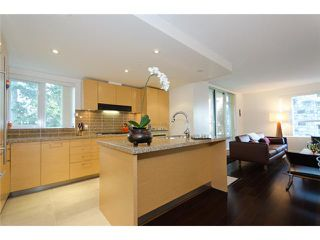 Photo 6: 402 5958 Iona Drive in Vancouver: University VW Condo for sale (Vancouver West)  : MLS®# V915002