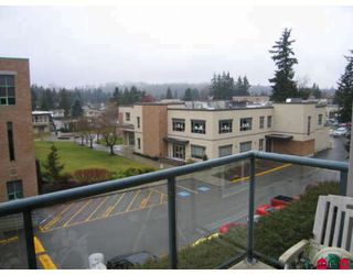 "Photo 7: 401 32075 GEORGE FERGUSON Way in Abbotsford: Central Abbotsford Condo for sale in ""ARBOUR COURT"" : MLS®# F2803464"