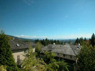 "Photo 2: 2951 PANORAMA Drive in Coquitlam: Westwood Plateau Townhouse for sale in ""STONEGATE"" : MLS®# V606959"