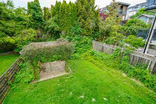 Photo 4: 867 HABGOOD Street: White Rock House for sale (South Surrey White Rock)  : MLS®# R2424488