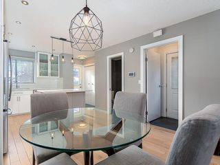 Photo 9: 133 27 Avenue NW in Calgary: Tuxedo Park Detached for sale : MLS®# C4286389