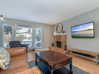 Photo 11: 133 27 Avenue NW in Calgary: Tuxedo Park Detached for sale : MLS®# C4286389