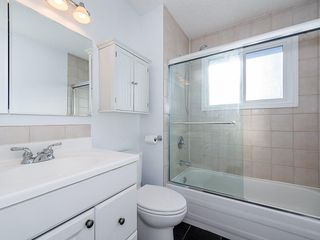 Photo 16: 133 27 Avenue NW in Calgary: Tuxedo Park Detached for sale : MLS®# C4286389