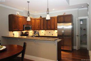 Photo 19: 409 755 Goldstream Ave in VICTORIA: La Langford Proper Condo for sale (Langford)  : MLS®# 833265