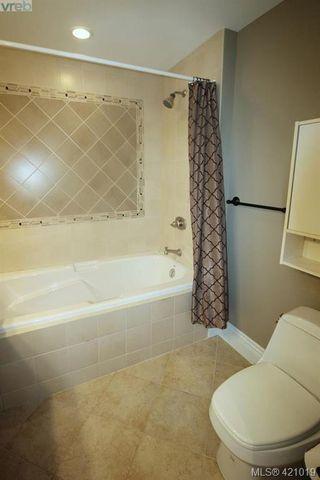 Photo 10: 409 755 Goldstream Ave in VICTORIA: La Langford Proper Condo for sale (Langford)  : MLS®# 833265