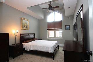 Photo 4: 409 755 Goldstream Ave in VICTORIA: La Langford Proper Condo for sale (Langford)  : MLS®# 833265