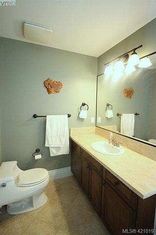Photo 16: 409 755 Goldstream Ave in VICTORIA: La Langford Proper Condo for sale (Langford)  : MLS®# 833265