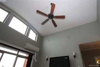 Photo 3: 409 755 Goldstream Ave in VICTORIA: La Langford Proper Condo for sale (Langford)  : MLS®# 833265