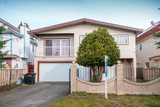 Photo 1: 985 E 55TH Avenue in Vancouver: South Vancouver House for sale (Vancouver East)  : MLS®# R2444076