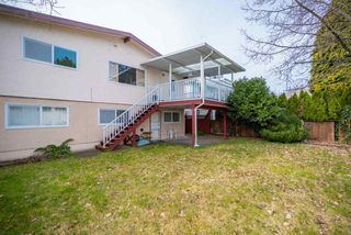 Photo 13: 985 E 55TH Avenue in Vancouver: South Vancouver House for sale (Vancouver East)  : MLS®# R2444076