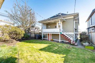 "Photo 18: 19 W 62ND Avenue in Vancouver: Marpole House for sale in ""MARPOLE"" (Vancouver West)  : MLS®# R2446936"