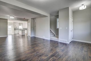 Photo 6: 10357 149 Street in Edmonton: Zone 21 House Half Duplex for sale : MLS®# E4200015