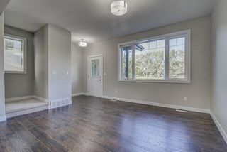 Photo 4: 10357 149 Street in Edmonton: Zone 21 House Half Duplex for sale : MLS®# E4200015