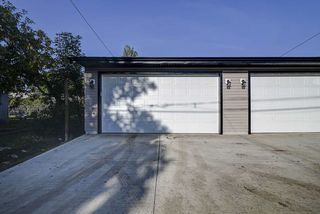 Photo 32: 10357 149 Street in Edmonton: Zone 21 House Half Duplex for sale : MLS®# E4200015