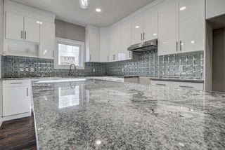 Photo 14: 10357 149 Street in Edmonton: Zone 21 House Half Duplex for sale : MLS®# E4200015