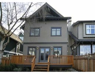 Photo 1: 3173 W 2ND Ave in Vancouver: Kitsilano 1/2 Duplex for sale (Vancouver West)  : MLS®# V634302