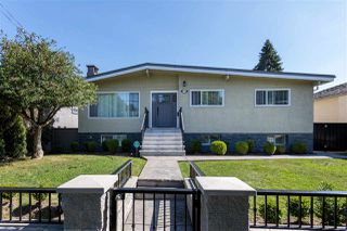 Photo 2: 1730 CLIFF Avenue in Burnaby: Sperling-Duthie House for sale (Burnaby North)  : MLS®# R2497777