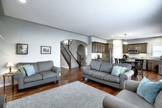 Photo 14: 45 Cougarstone Manor SW in Calgary: Cougar Ridge Detached for sale : MLS®# A1052755