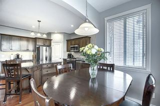 Photo 10: 45 Cougarstone Manor SW in Calgary: Cougar Ridge Detached for sale : MLS®# A1052755