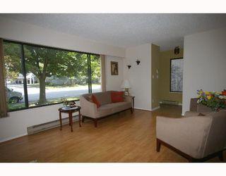 Photo 2: 4843 55B Street in Ladner: Hawthorne Townhouse for sale : MLS®# V782490