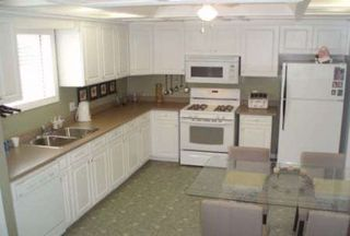 Photo 3: 630 Highland Crest in Beaverton: House (2 1/2 Storey) for sale (N24: BEAVERTON)  : MLS®# N1456920
