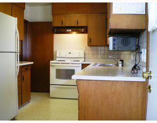 Photo 4: 4321 Greta Street in Burnaby: Metrotown House for sale (Burnaby South)  : MLS®# V740047