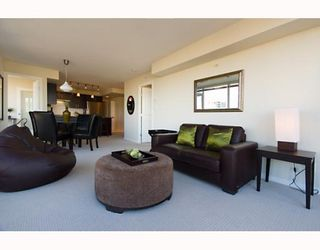 """Photo 5: 906 1650 W 7TH Avenue in Vancouver: Fairview VW Condo for sale in """"VIRTU"""" (Vancouver West)  : MLS®# V748830"""