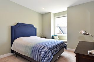 "Photo 16: 39 15988 32 Avenue in Surrey: Grandview Surrey Townhouse for sale in ""BLU"" (South Surrey White Rock)  : MLS®# R2388879"