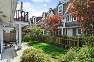 "Photo 23: 39 15988 32 Avenue in Surrey: Grandview Surrey Townhouse for sale in ""BLU"" (South Surrey White Rock)  : MLS®# R2388879"